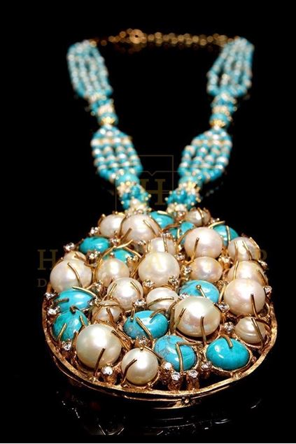 Picture of Pearl and Feroza Pendent Mala Set