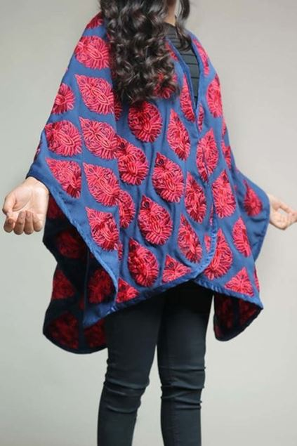 Picture of Blue & Red Cape