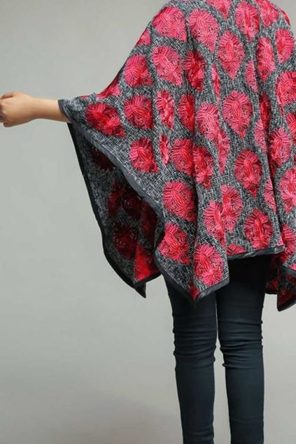 Picture of Grey & Red Cape