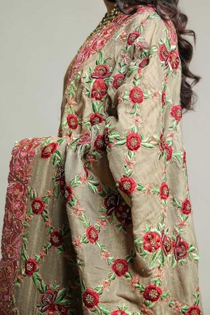 Picture of Classic Floral Shawl Hand Made