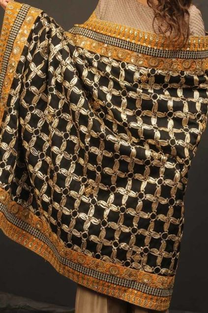 Picture of Black Golden Pattern Shawl