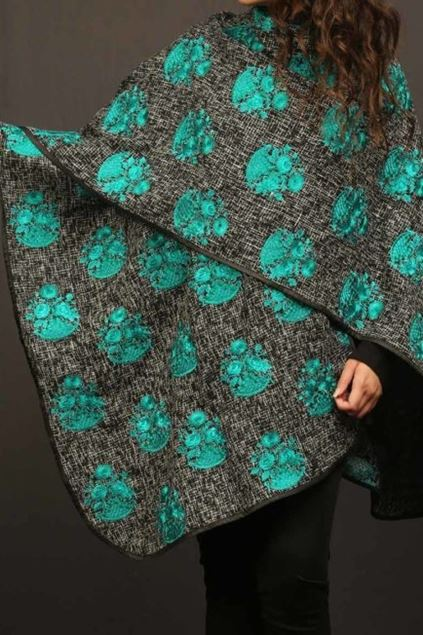 Picture of Turquoise Motif Cape
