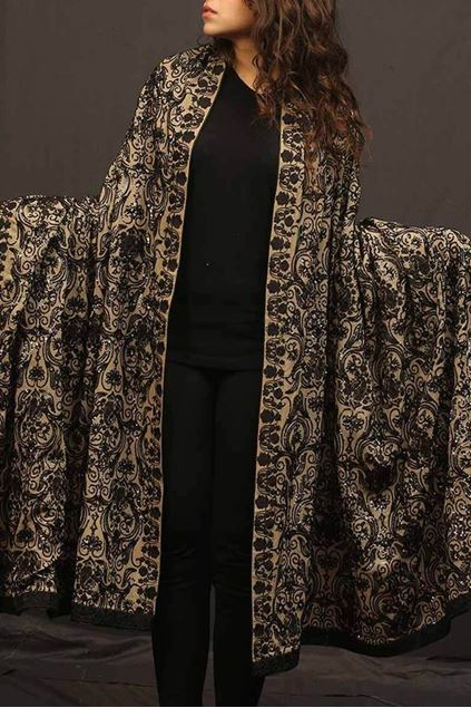 Picture of Black Pattern Shawl
