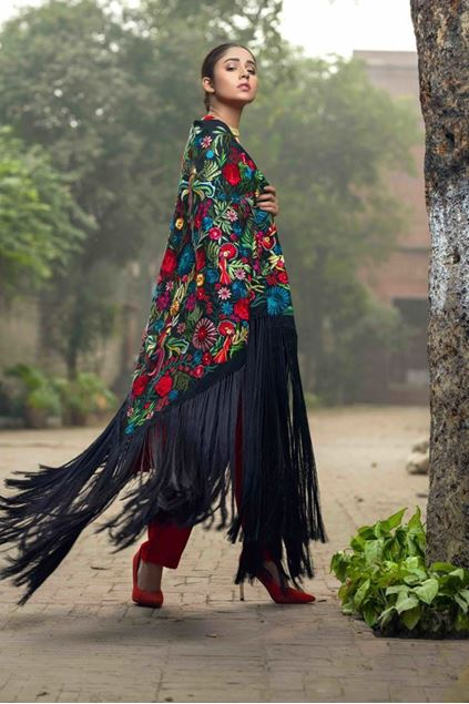 Picture of Black Floral Cape