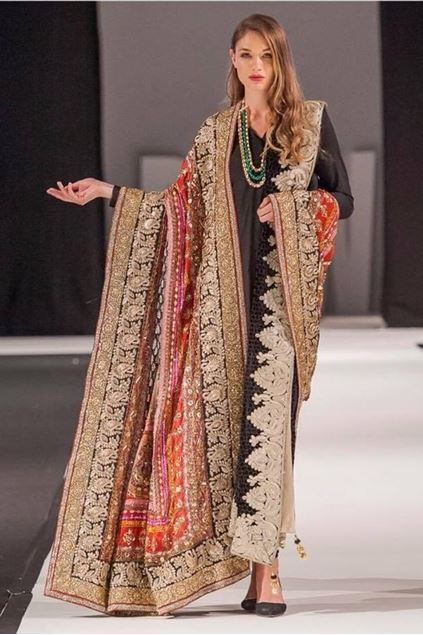 Picture of Formal Silk Shawl