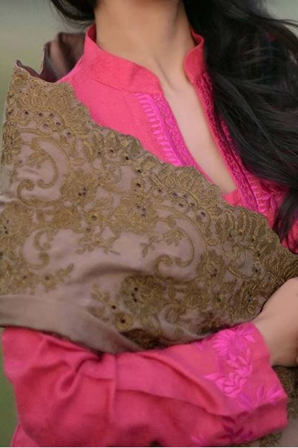 Picture of Semi Formal Shawl