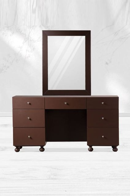 Picture of Bedford Dresser